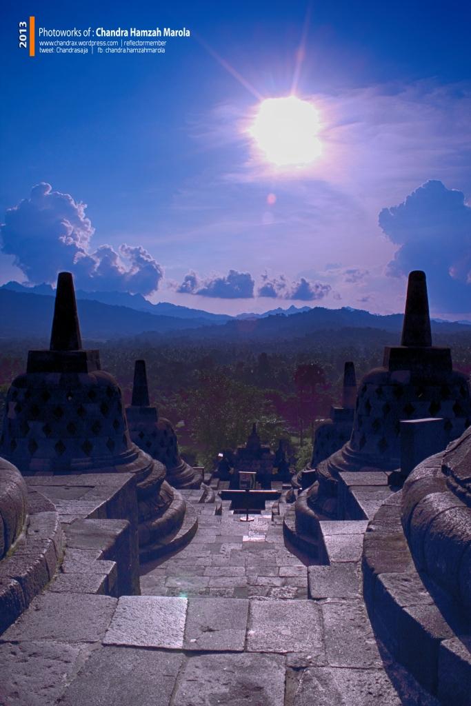 Borobudur Sore Itu